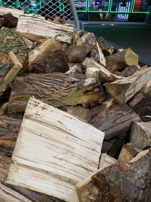 Firewood for sale . Pick up or Delivery for Sale in New Boston, MI