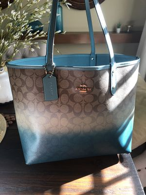 Coach tote large bag for Sale in Chula Vista, CA
