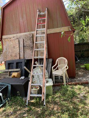 Extension ladder 24 & 28 ft for Sale in Maitland, FL