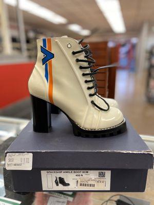 Louis Vuitton Boot sz 40 for Sale in Dallas, TX