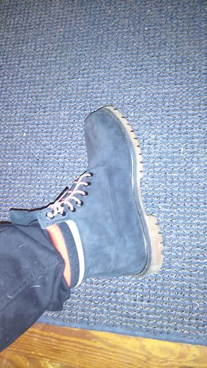 """Timberland 6"""" off stockx for 200 for Sale in Staunton, VA"""