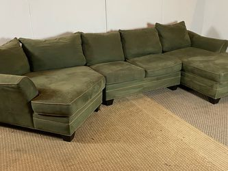Sectional Couch Sofa W/ Cuddler *Free Delivery* for Sale in Cherry Hill,  NJ