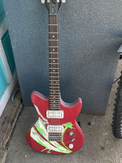 First Act Guitar for Sale in Sherwood,  OR