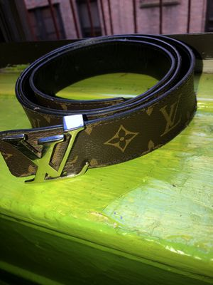 Louis Vuitton belt for Sale in The Bronx, NY