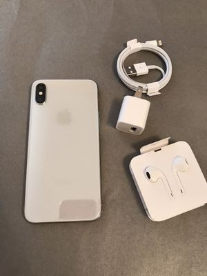 Apple iPhone X silver unlocked for Sale in San Jose, CA