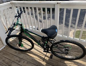 Huffy 26in Green Men's Mountain Bike for Sale in Arlington, VA