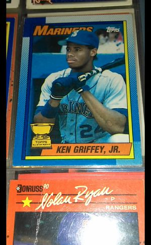 3 for1 -Ken Griffey Jr. Mint cond.! for Sale in New Philadelphia, OH