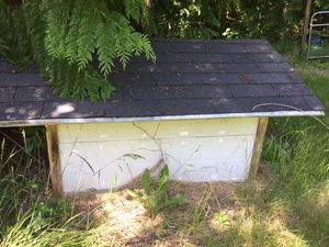 Huge Dog house custom build 🏡hold two big dogs for Sale in Stanwood, WA