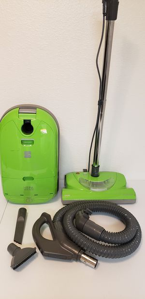 Kenmore canister vacuum like new condition for Sale in Chula Vista, CA