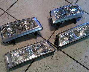 Silverado 03-06 full clear headlights new head lights luces for Sale in Phoenix, AZ
