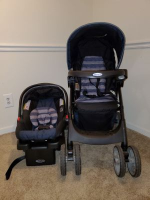 Infant car seat and stroller (baby car seat) for Sale in Manchester, CT