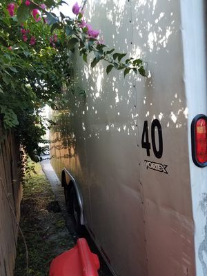 24 foot enclosed car trailor for Sale in Coconut Creek, FL