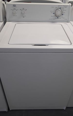 Roper washer by Whirlpool corporation for Sale in Las Vegas, NV