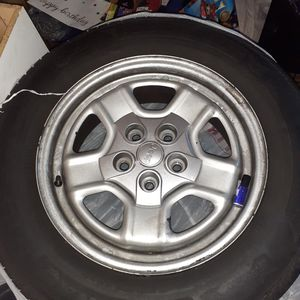 2010 16 inch rims for a jeep for Sale in Chesapeake, VA