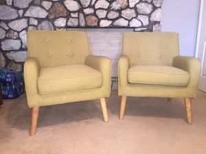 Accent chairs for Sale in Highland, CA