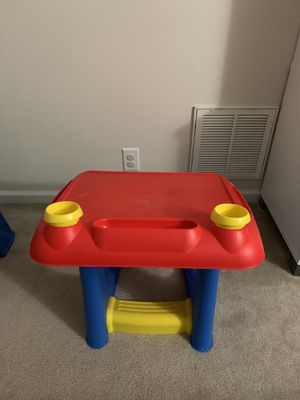 sit and draw desk for kids for Sale in Nashville, TN