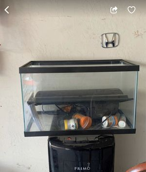 Fish tank for Sale in Bakersfield, CA