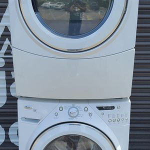 Whirlpool Duet Washer & Dryer Set for Sale in Miami, FL