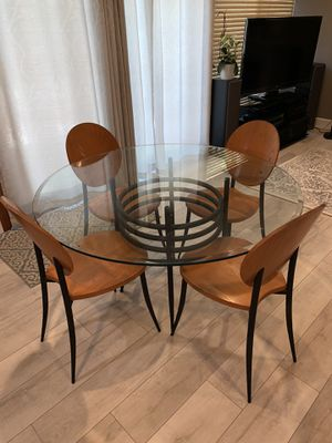 Glass kitchen table with 4 chairs for Sale in Irvine, CA