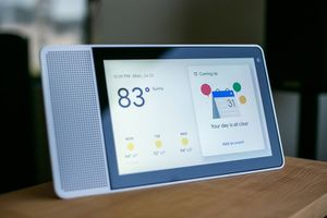 """Lenovo 8"""" Google Assistant Smart Display for Sale in Louisville, KY"""