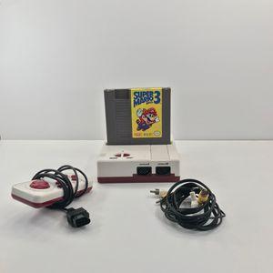 Bootleg Nintendo system with super Mario bros 3 for Sale in Los Angeles, CA