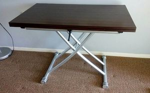 Adjustable height table - Richmond Hill, ON for Sale in Carlstadt, NJ