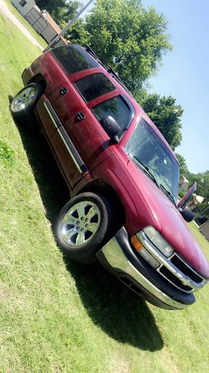 2004 Chevy Suburban for Sale in Holyrood, KS