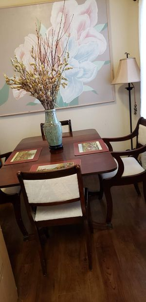 Antique dining table with 4 chairs for Sale in Houston, TX