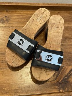 Michael Kors Wedge Sandal - size 6 for Sale in Boston,  MA