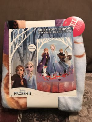 Disney's Frozen II Anna and Elsa and Olaf Silky Soft Throw for Sale in Sioux Falls, SD