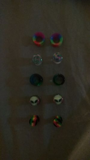 Gauge earrings size 00 and 0 for Sale for sale  Pompano Beach, FL