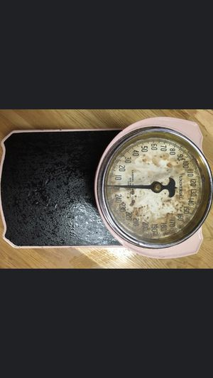Vintage pink scale for Sale in Maple Valley, WA