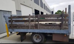 Selling a truck bed with ramp and hydraulic 10 feet long 8feet wide bed asking..$450 for Sale in Hawthorne, CA