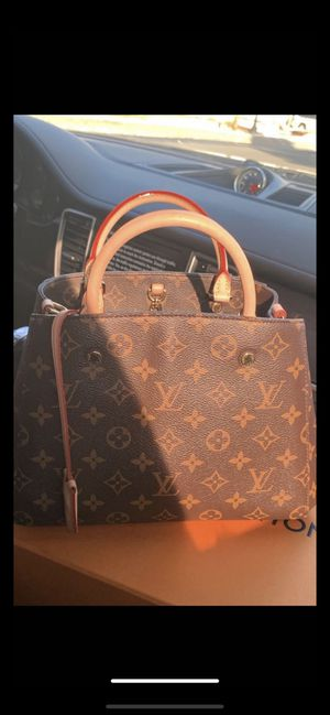 Loui Vuitton bag for Sale in Wethersfield, CT