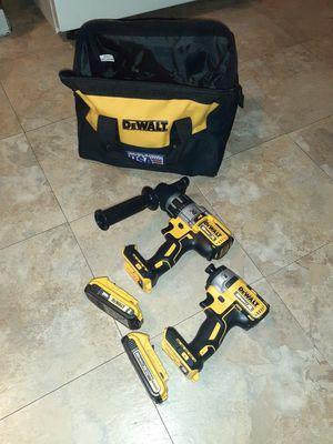 Dewalt kit xr 20vt hammer drill y impact regular con 2 baterias y bolsa nuevo for Sale in Sunnyvale, CA