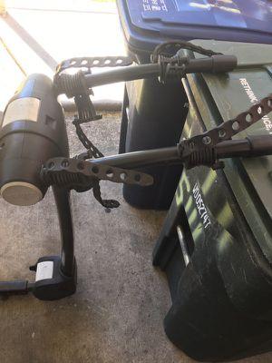 Thule bike rack 1.1/4 hitch for Sale in Arlington, VA