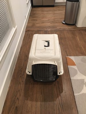 You & Me Easy Grip Handle Small Dog Crate for Sale in Dallas, TX