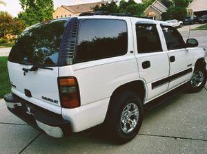 2003 Chevrolet Tahoe LS / 3rd Row 3-Passenger for Sale in Arlington, TX