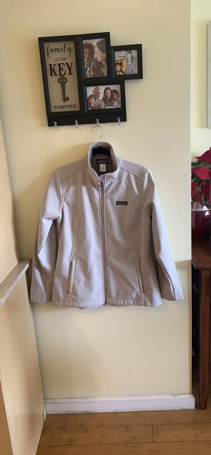 Patagonia Women jacket for Sale in San Francisco, CA