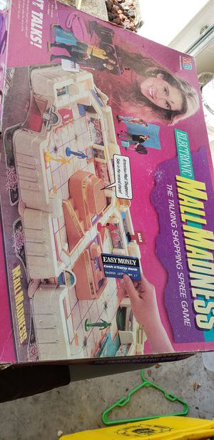 Mall madness board game for Sale in Auburndale, FL