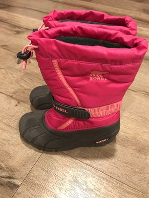 Sorel big kids snow boots size 1 for Sale in Glendora, CA