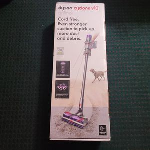 Dyson - Cyclone V10 Animal Cord-Free Stick Vacuum - Iron for Sale in Harlingen, TX
