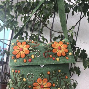 ARTIDAN SHOULDER BAG MESSENGER for Sale in Hollywood, FL