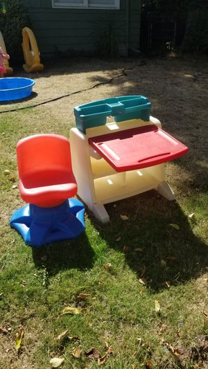 Kid's desk and chair for Sale in Portland, OR