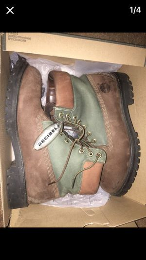 Timberland beef n broccoli for Sale in Cleveland, OH