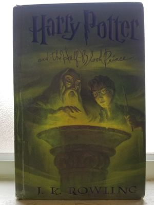 Harry Potter Book for Sale in Huntington Park, CA