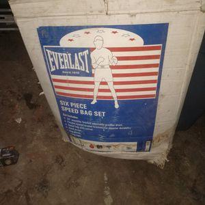 Boxing Speed Bag Set for Sale in San Bernardino, CA