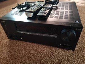 Onkyo TX-NR676 for Sale in Glen Ellyn, IL