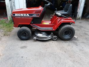 Liquid cool honda tractor 13 38 for Sale in East Hartford, CT