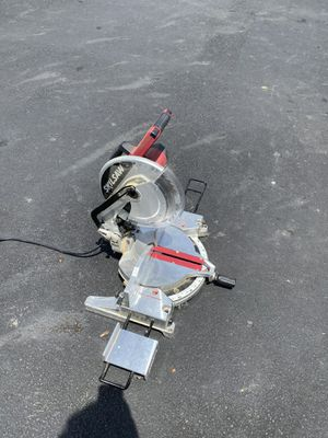 """12"""" skill miter saw. With laser/ good blade for Sale in Worthington, OH"""